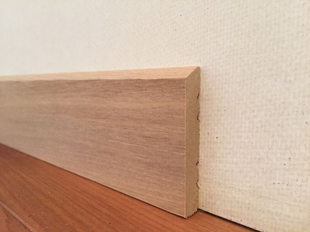 Rimu Single Bevel Architrave 60x10mm