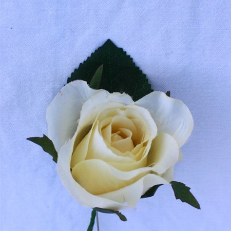 Rose Buttonholes made to suit you