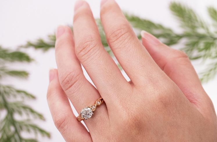 Rose Gold Diamond Engagement Ring: Baile ring