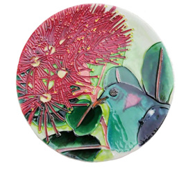Circular ceramic tile with Kereru in a Pohutukawa tree CTC22