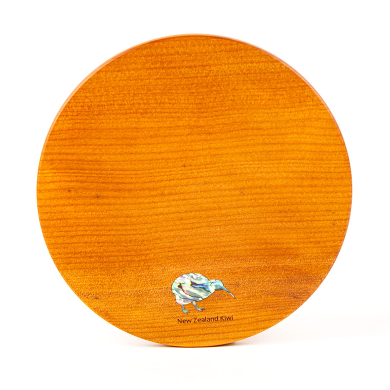 round cheese board - ancient kauri - kiwi