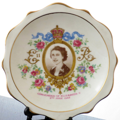 Royal Albert pin dish