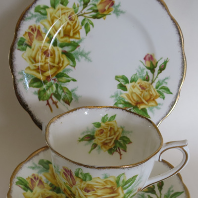 Tea rose trio