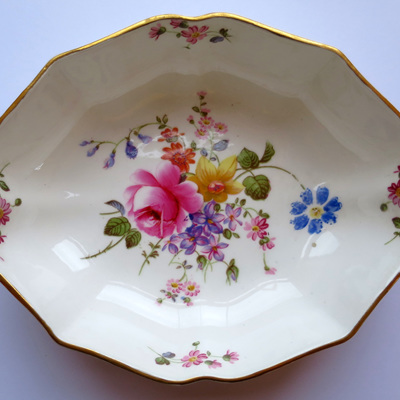Royal Crown Derby posies bowl