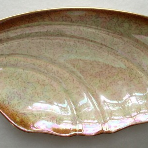 Royal Winton - gold, silver pattern dish