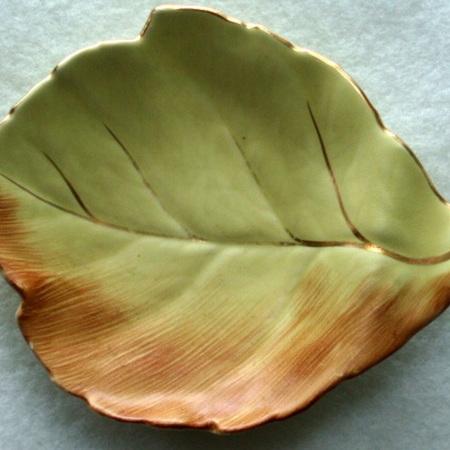 Royal Winton - leaf dishes