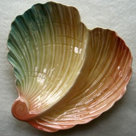 Royal Winton - shell shaped pastels dish