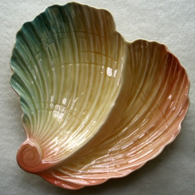 Royal Winton - shell shaped pastels dish