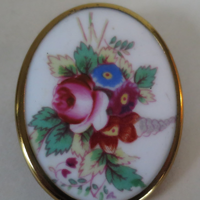 A brooch or a piece of art