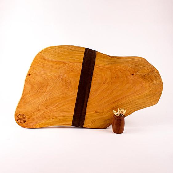 Rustic natural edge board 462