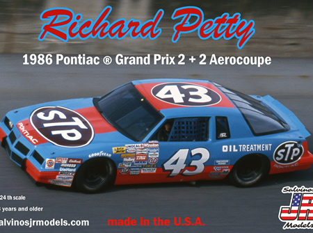Salvinos JR Models 1/24 Richard Petty 1986 Pontiac 2+2 (RP1986D)