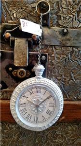 Santa's magic pocket watch - decoration