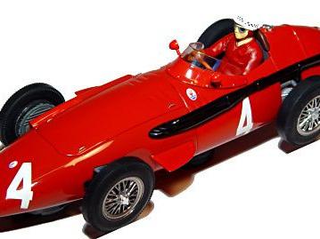 Scalextric 1/32 Classic Grand Prix Maserati 250F Jean Behra
