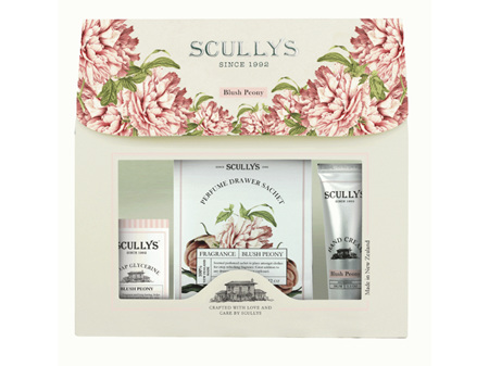 Scullys Blush Peony Pouch Gift