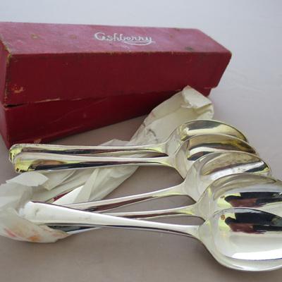 Set of 6 teaspoons