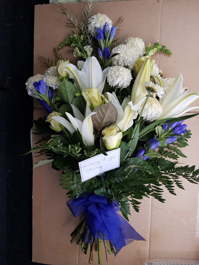 Sheaf  (flat laying bouquet) Gallery