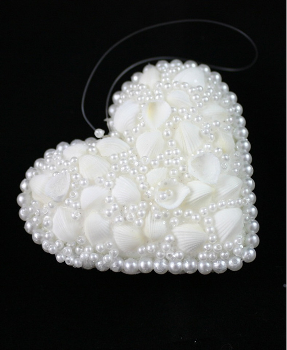 shell and pearl heart