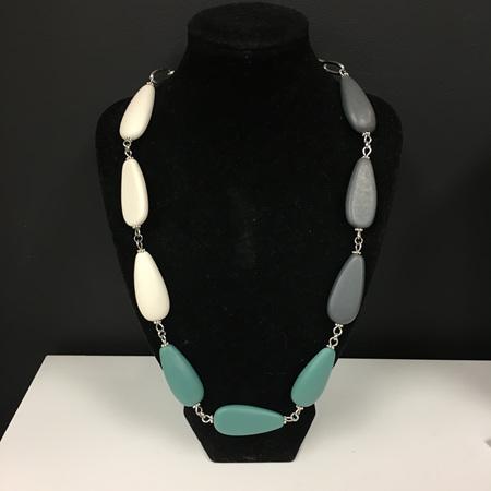 Short Resin Teardrop 3 Toned Necklace - Dark Sage, Dark Grey & White