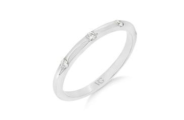 Fine Shot Set Diamond Wedding Ring