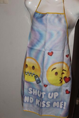 SHUT UP AND KISS ME APRON