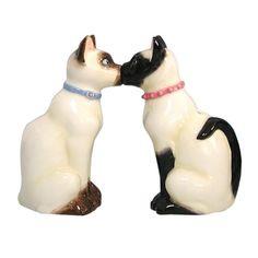 Siamese Cats Kissing Mwah S & P