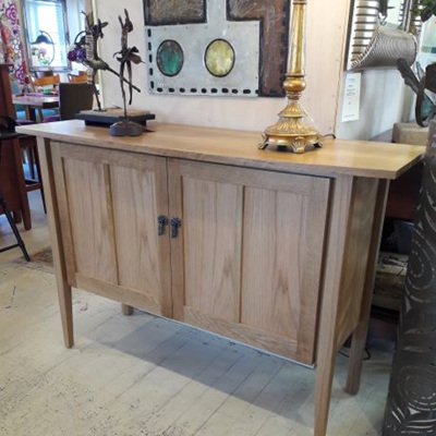 Sideboards & Hutchdressers