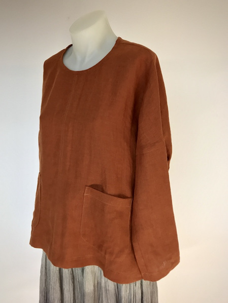 Sienna Sakura button top