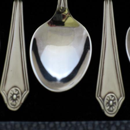 Silverplate teaspoons
