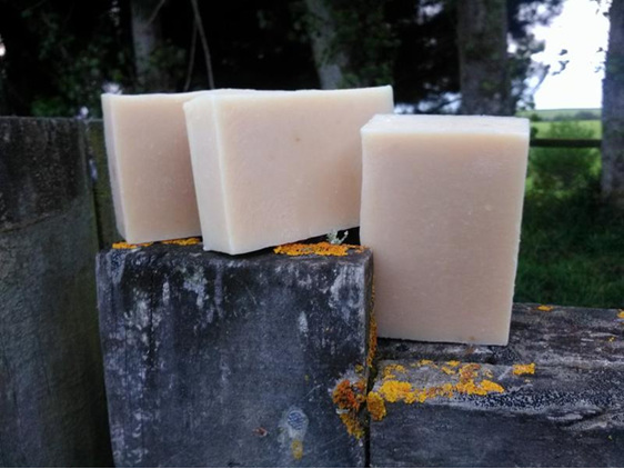 "Simple Naked Soap ""Goats Milk & Honey Soap"""
