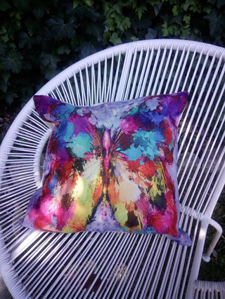 SINGLE ABSTRACT BUTTERFLY CUSHION COVER