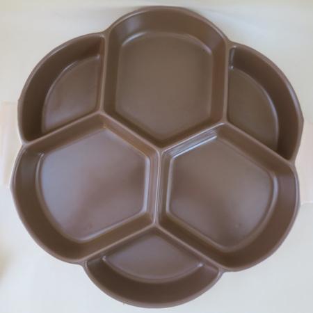 Six partition serving platter