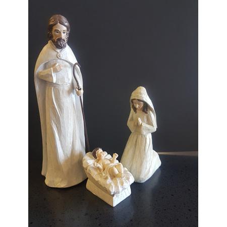 Small 3 piece nativity set