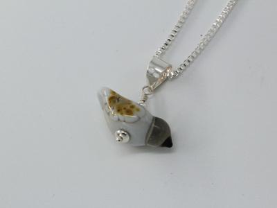 Small bird pendant - grey
