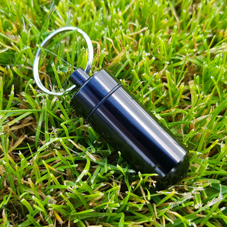 Small Bison Cache - Black, with log