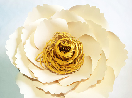 Small Emma paper flower with spiral centre