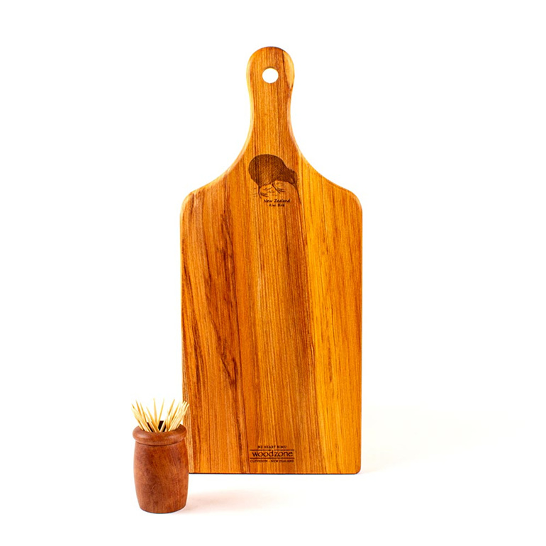 small handle board - heart rimu - kiwi