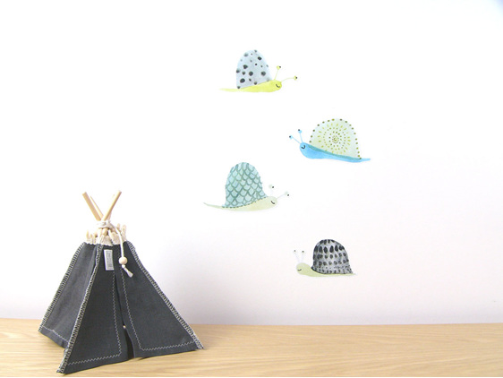 Snails wall decal