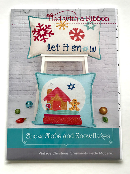 Snow Globe and Snowflakes Cushions Pattern