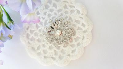 Snowflake Pearl Brooch