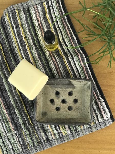 Soap dish, ash glaze