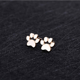 SOLID PAW STUD EARRINGS - GOLD