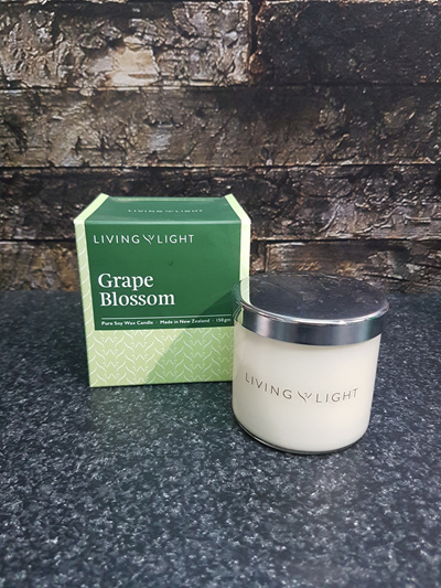 SOY CANDLE - GRAPE BLOSSOM