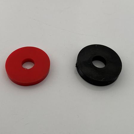SPACER RUBBER M6