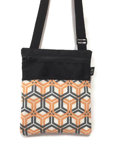 Dory Medium - Orange hex