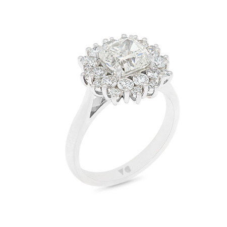 Star: Diamond Cluster Ring