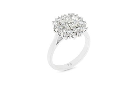 Star: Diamond Cluster Ring