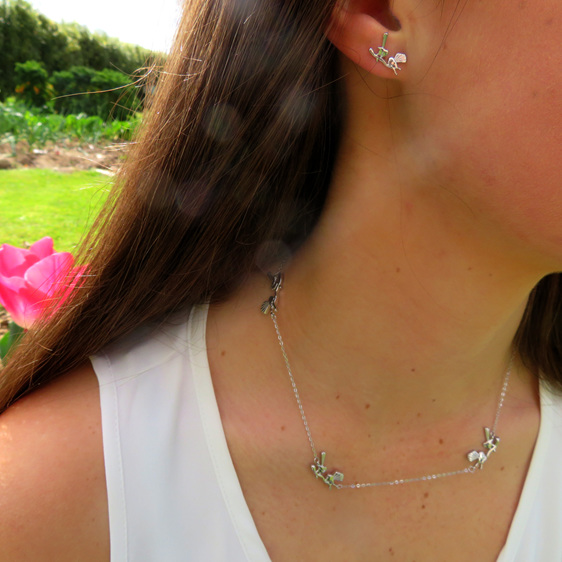 sterling silver fantail necklace and matching earrings