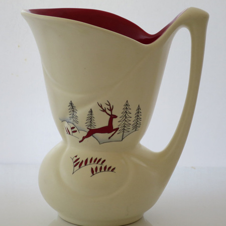 Strange pinched waist jug