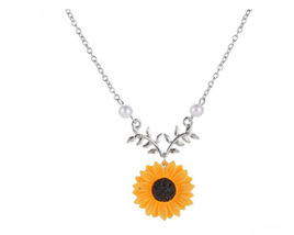 Sunflower Pendant Necklace - SILVER