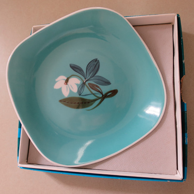 Susie Cooper pin dish Flower Motif
